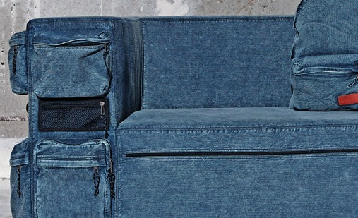 canap jeans par eastpak. Black Bedroom Furniture Sets. Home Design Ideas