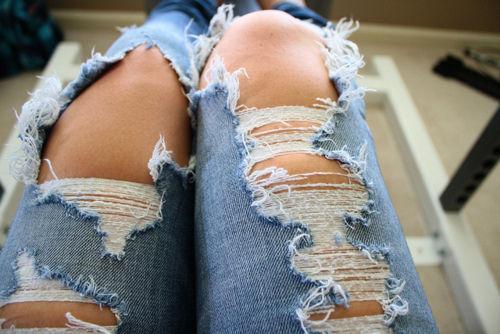 La tendance des jeans destroy: Comment s'y adapter?