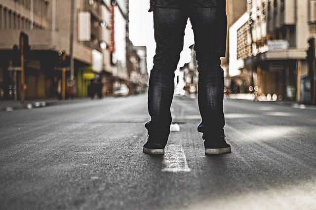 Quelles chaussures porter avec un jean bootcut ?